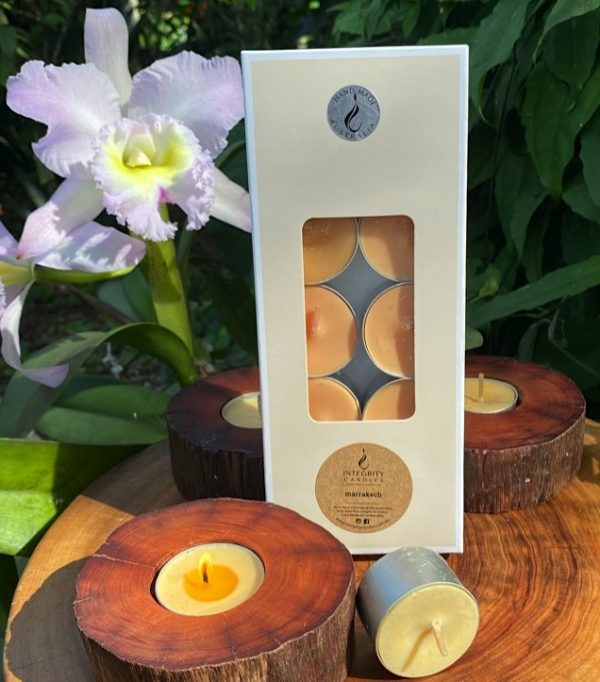 Ten scented tea-light cups burn brightly for eight hours each and are presented in a windowed gift-box.
