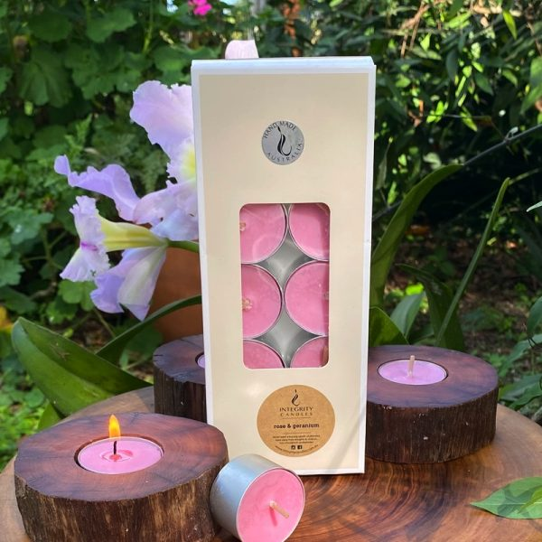 Rose and Geranium scented tea-light cups burn brightly for eight hours each. Presented in a 10 pack windowed gift-box.